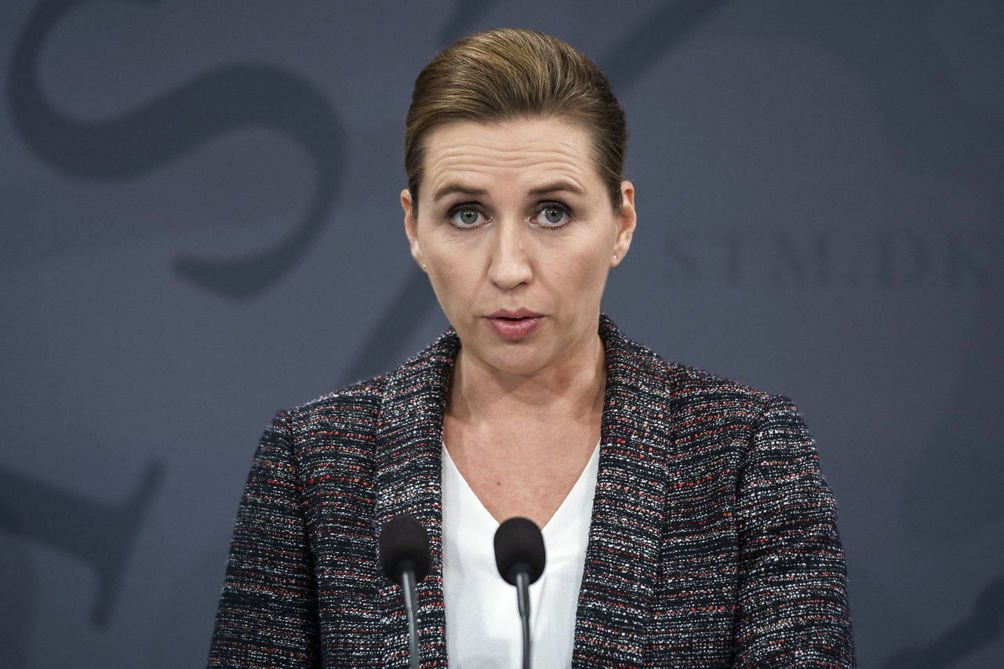 Mette Frederiksen lukker Danmark ned